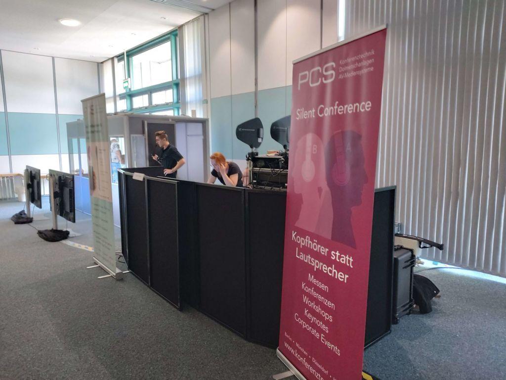 Techniker-Bereich des Konferenztechnik-Anbieter PCS